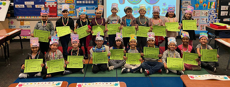 students with hats for 100 days